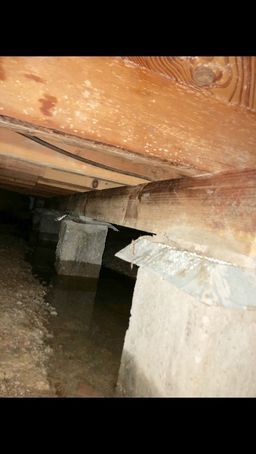 Flooded Crawl Space in Mineral Wells, TX (6)
